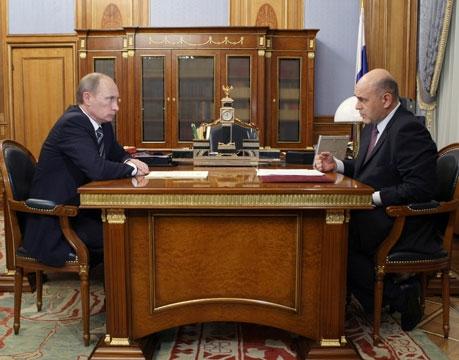 Председатель Правительства РФ В.В.Путин провел рабочую встречу с руководителем ФНС России М.В. Мишустиным