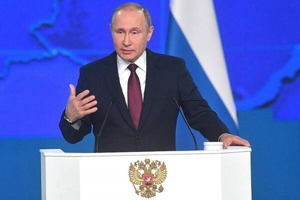 Путин решил серьезно изменить Конституцию, после чего Правительство подало в отставку