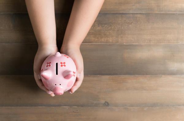 Из бюджета выделят дополнительные 150 миллиардов на детские пособия